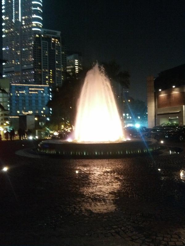 香港Night.jpg
